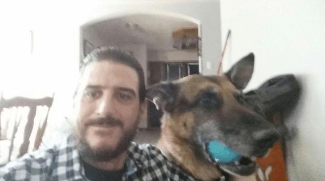 Encuentra-perro-robado-buscaba-mascota_MDSIMA20150130_0246_36 Encuentra a su perro robado cuando iba a adopta a otro Encuentra a su perro robado cuando iba a adopta a otro Encuentra perro robado buscaba mascota MDSIMA20150130 0246 36