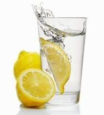 agua con limon los beneficios del limón Los beneficios del limón agua con limon