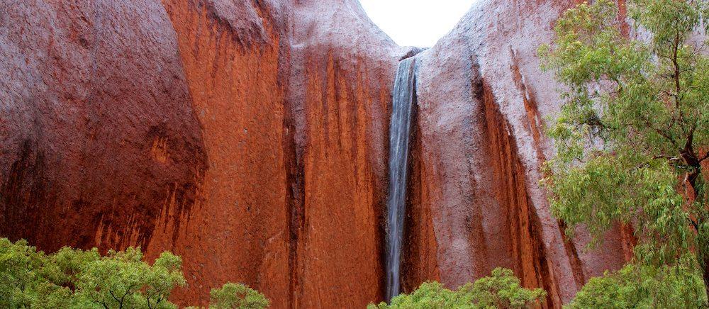 monte uluru Monte Uluru, el destino más sagrado de Australia Monte Uluru, el destino más sagrado de Australia monte uluru1